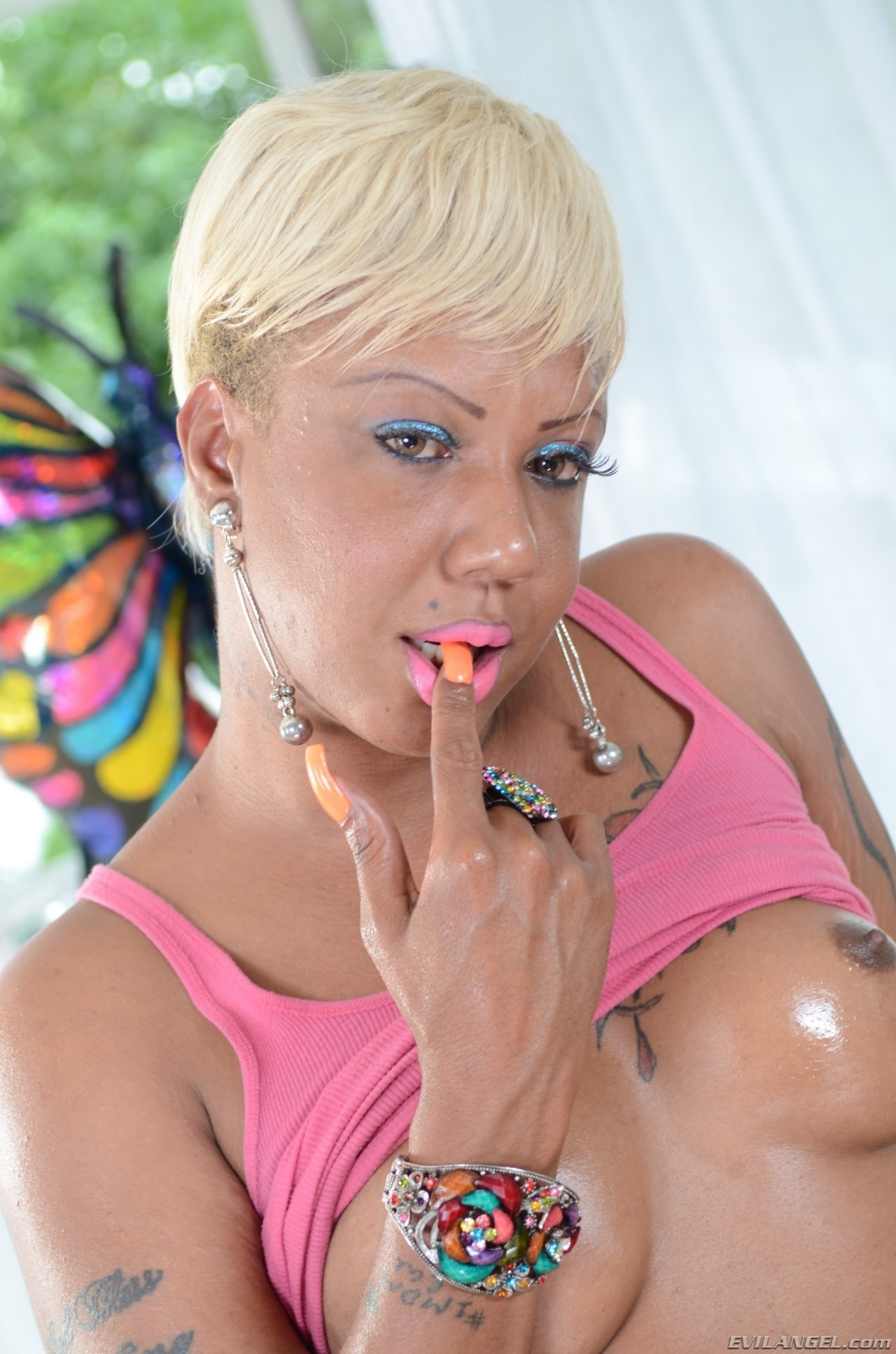 I Love Black Shemales 'Black Shemale Idol - The Auditions 04' starring Holly Hung (Photo 20)