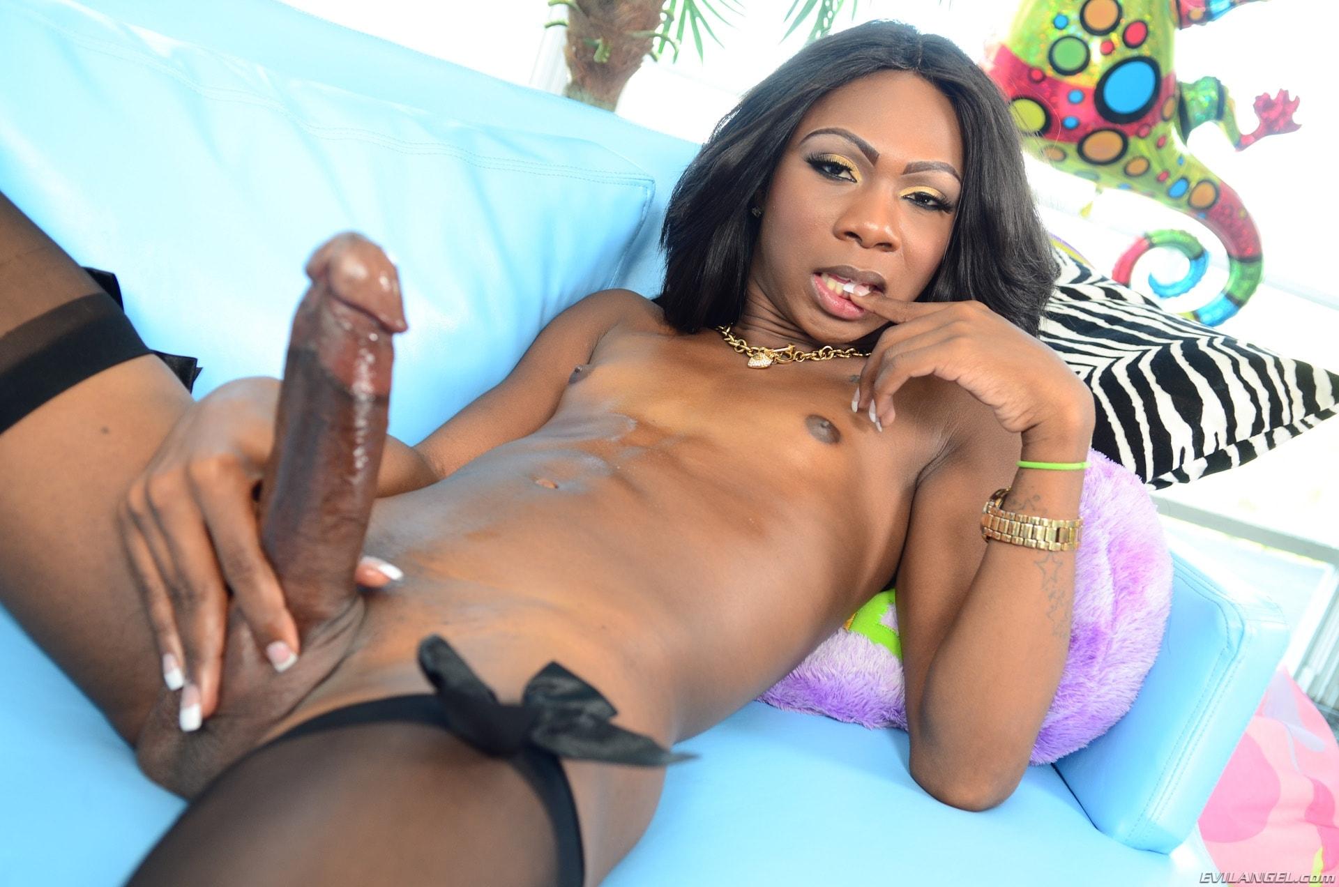 I Love Black Shemales 'She-Male XTC 12' starring Kourtney Dash (Photo 80)