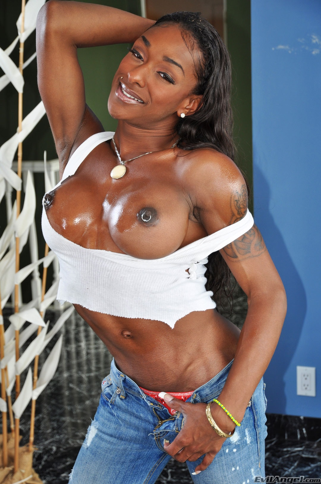I Love Black Shemales 'Black Shemale Idol - The Auditions' starring Natalia Coxxx (Photo 16)