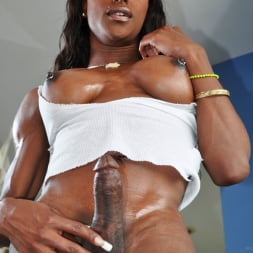 Natalia Coxxx in 'I Love Black Shemales' Black Shemale Idol - The Auditions (Thumbnail 30)