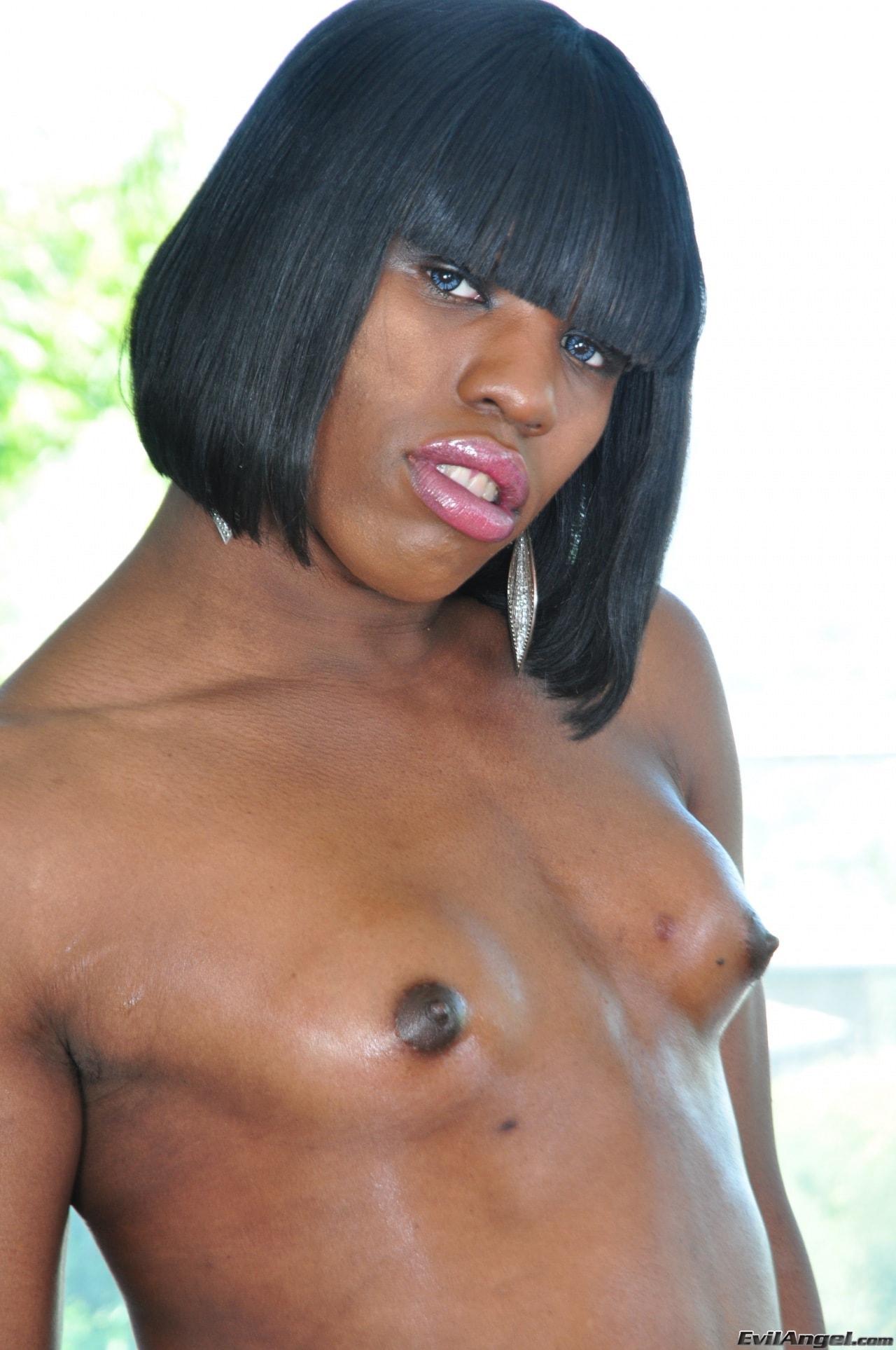 I Love Black Shemales 'Black Shemale Idol - The Auditions 02' starring Naughty Natasha (Photo 25)