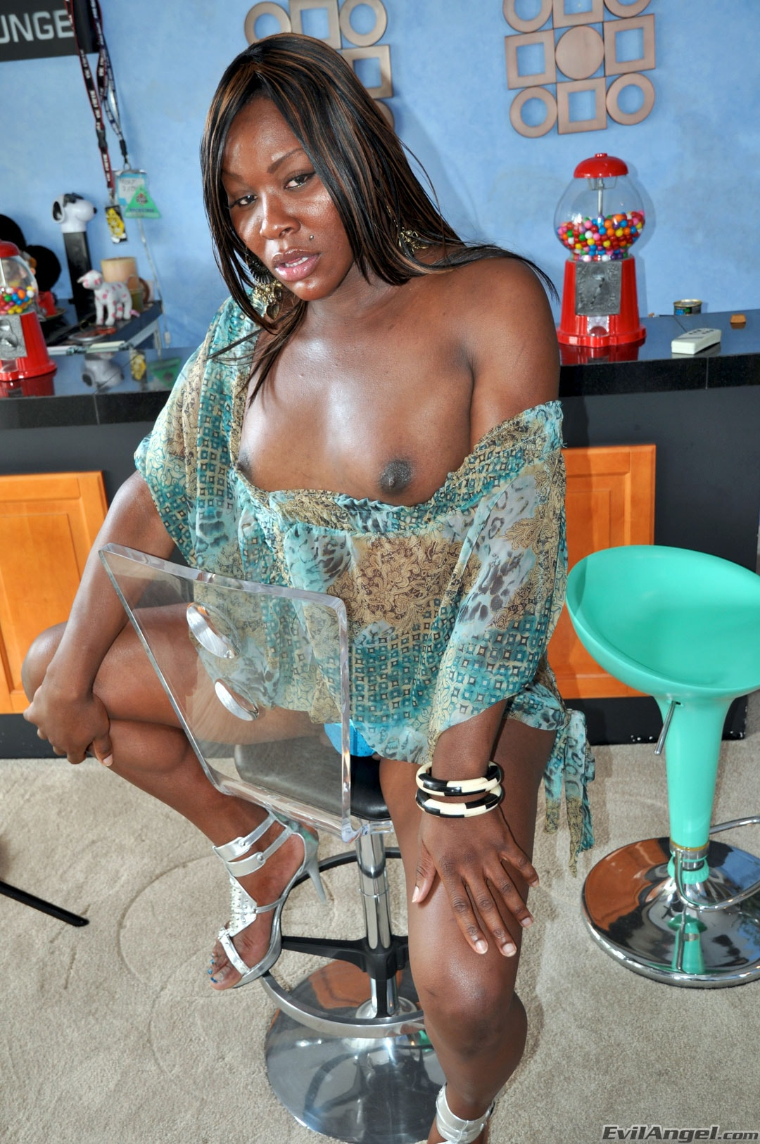 I Love Black Shemales 'Black Shemale Idol - The Auditions' starring Sex Kitten (Photo 6)