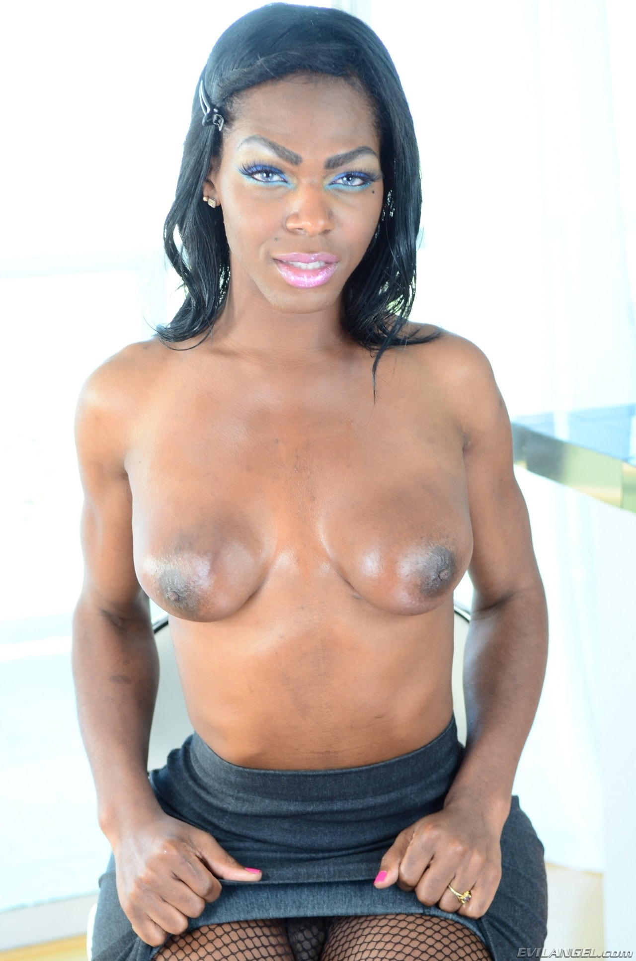 I Love Black Shemales 'Black Shemale Idol - The Auditions 03' starring Vixen Coxx (Photo 28)
